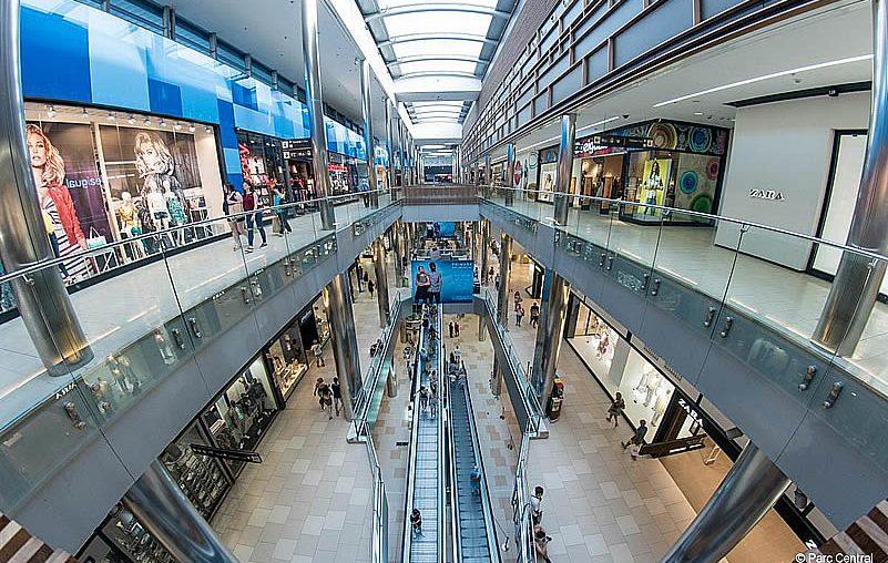 ¿Por qué debe considerar el uso de estructuras metálicas para su centro comercial?